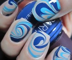 Nail art / waves