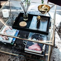 Coffee tables in brass and glass will never go out of time. That is one thing we know for sure! Room Inspiration, Interior Inspiration, Interior Design Living Room, Living Room Decor, Coffee Table Styling, Coffee Tables, Loft Interior Design, Double Glass, Sustainable Design