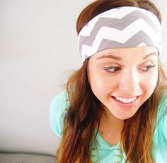 Chevron head wrap - light gray grey and white - wide stretch headband with knot