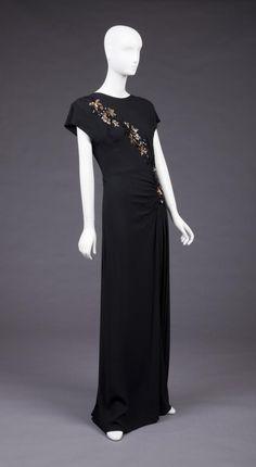 Evening dress, 1945-7.