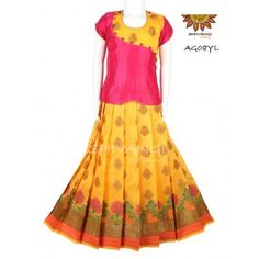 Beautiful floral design border paired with chanderi top with panel cut. Its a trendy come ethnic wear. Cotton Frocks For Kids, Frocks For Girls, Dresses Kids Girl, Baby Dresses, Baby Frock Pattern, Frock Patterns, Kids Dress Patterns, Half Saree Designs, Lehenga Designs