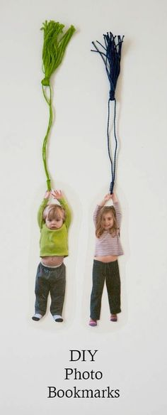 Cool DIY Father's Day gifts: DIY Photo bookmark tutorial for dad: So awesome! | via Nearly Crafty