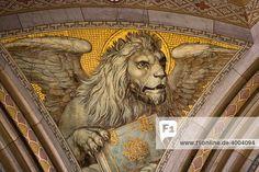 Geflügelter Löwe mit Buch, Gemälde in einer Kirche, Markuslöwe
