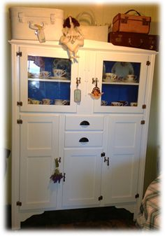 Makeover magic ... love how the blue interior came up! :0)