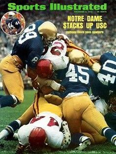 Notre Same Football - (Sports Illustrated) Nd Football, College Football Players, Notre Dame Football, Usc Sports, Sports Stars, Sports Pics, Noter Dame, Sports Magazine Covers, Si Cover