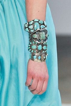 I love turquoise and I love jewelry!