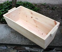 Simple Wood Planter Box