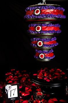 Too Nice To Slice Tim burton themed chandelier wedding cake.