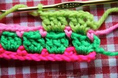 block stitch crochet - see tutorial and pattern Crochet Stitches For Beginners, Crochet Stitches Patterns, Stitch Patterns, Knitting Patterns, Afghan Patterns, Square Patterns, Free Knitting, Love Crochet, Diy Crochet