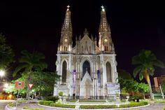10655190_775306549196955_8123278472393688685_o.jpg (2048×1365)  Catedral Metropolitana de Vitória Espírito Santo   Foto: Alexandre Verbeno