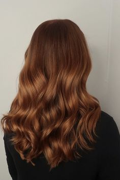 Ginger Hair Dyed, Dyed Hair, Ginger Hair Color, Front Hair Styles, Curly Hair Styles, Hair Front, Red Brown Hair, Ginger Brown Hair, Hair Color Copper Brown