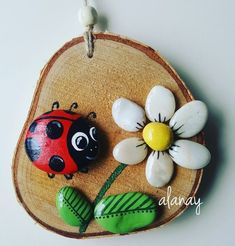 'Vogelkaka' Painted rocks, birds on driftwood - JL I can see the branches felted onto fabric, embroidered or crocheted leaves and the painted rocks! Would make a great multi-craft project!Image gallery – Page 717972365572913604 – ArtofitAll 10 gif Stone Crafts, Rock Crafts, Diy And Crafts, Crafts For Kids, Arts And Crafts, Pebble Painting, Pebble Art, Stone Painting, Painting On Wood
