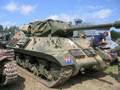 M10, War & Peace Show 2004 M10 Tank Destroyer, Italian Campaign, Canadian Army, Sherman Tank, Ww2 History, Ww2 Tanks, Battle Tank, Chenille, Achilles