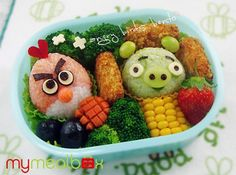Angy Birds Bento-box lunch.... this is what Japanese kids get for lunch!!! Count me in!