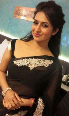 Beautiful Saree, Beautiful Indian Actress, Beautiful Gorgeous, Beautiful Actresses, Bollywood Saree, Bollywood Actress, Divyanka Tripathi Saree, Sneha Actress, Star Actress