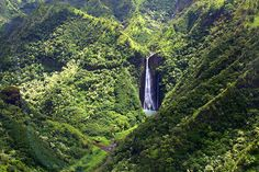 Kauai was the first Hawaiian Island English explorer Capt. James Cook stumbled upon in 1778, while sailing from Tahiti toward North America.