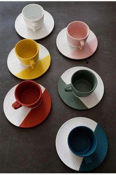 Ceramic Coffee Cups, Ceramic Plates, Ceramic Pottery, Cerámica Ideas, Coffee Cup Design, Dessert Cups, Ceramic Painting, Cup And Saucer Set, Tea Cups