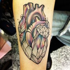 Crystal Heart Tattoo by Miss Juliet @ Don't Tell Mama Tattoo Studio in Parma, Italy Future Tattoos, Love Tattoos, Beautiful Tattoos, Body Art Tattoos, Tattoo Drawings, Tattoo Liebe, Herz Tattoo, Tatto Design, Heart Tattoo Designs