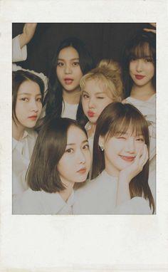 Korean Girl Groups, Boy Groups, Gfriend And Bts, Gfriend Album, Korean Friends, Buddy Love, Cha Eun Woo Astro, Disney Phone Wallpaper, Me As A Girlfriend