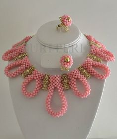 We Love: Zuri Perle (Bead Jewelry) New Collection Bead Jewellery, Beaded Jewelry, Handmade Jewelry, Beaded Necklace, Necklaces, I Love Jewelry, Jewelry Sets, Jewelry Design, African Beads