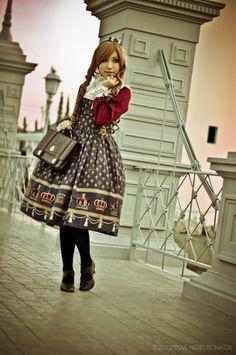 ☮JAPANESE STREET FASHiON☮••• classic lolita ~ coordinate ~ cardigan ~ crown print ~ bag ~ elegant ~ cute ~ kawaii