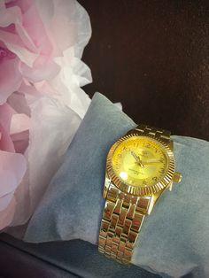Reloj Marea de acero dorado para el Día de la Madre