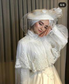 Wedding dresses Gone are the days when bridesmaids shrink from their dresses…. – Tesettür Makyajı Modelleri 2020 – Tesettür Modelleri ve Modası 2019 ve 2020 Hijabi Wedding, Muslim Wedding Dresses, Bridesmaid Dresses, Dresses Dresses, Wedding Bridesmaids, Bridal Gown Styles, Bridal Gowns, Wedding Gowns, Wedding Cakes