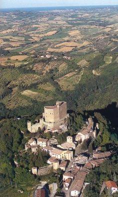 Montefiore Conca, Rimini, la rocca. 43°53′00″N 12°37′00″E