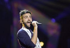 L'Essenziale Tour 2013 arriverà a Cervia il 27 luglio. Marco Mengoni porta in romagna il suo ultimo album di inediti e il singolo che gli ha valso la vittoria di Sanremo 2013.http://www.entrainhotel.com/cervia/concerto-marco-mengoni-cervia.php