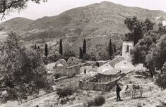 80 ανεκτίμητες φωτογραφίες της Κρήτης 1911 - 1949 - zarpanews.gr Greece Pictures, Heraklion, Old Maps, Crete, Vintage Pictures, Old Photos, Mount Rushmore, The Past, Mountains