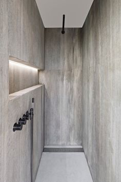 looks like concrete, Shower Oak Grey