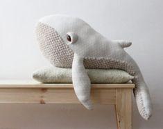 Grande Baleine O Peluche O Doudou par BigStuffed sur Etsy
