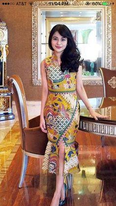 Batik Fashion, Ethnic Fashion, Colorful Fashion, Boho Fashion, Fashion Design, Batik Blazer, Blouse Batik, Model Dress Batik, Batik Dress