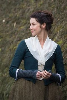 claire beauchamp - and I'm going to need to make those wrist warmers.