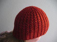 Ravelry: Rinsessa-pipo pattern by Sirkku Siiskonen Knitting For Kids, Loom Knitting, Knitting Projects, Crochet Projects, Knitting Patterns, Knitting Ideas, Crafts To Make, Fun Crafts, Knit Crochet