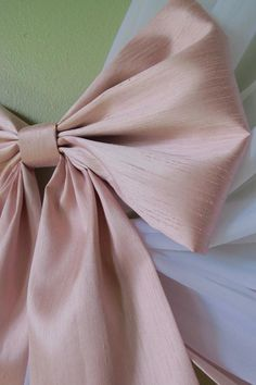 Simple and elegant style. Materials shown in the picture: sheer voile curtains and faux silk dupioni fabric (top of the crown, trim on edges and bows). Twin Canopy Bed, Two Dots, Curtain Length, Voile Curtains, Bows, Etsy, Silk, Tie Backs, Fabric