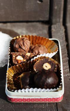 3 Ingredient Ferrero Rocher Truffles {Vegan, Gluten-Free}