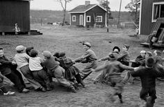 Village of Naarva. Students of a country school during by Werner Bischof Zurich, War Photography, Street Photography, Country School, Steve Mccurry, Photographer Portfolio, Amazing Paintings, Photo B, Ansel Adams