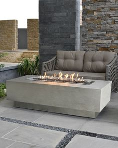 Backyard Landscaping Discover Elementi Granville Outdoor Fire Pit Table with Propane Gas Assembly Outdoor Fire Pit Table, Fire Pit Backyard, Outdoor Gas Fireplace, Modern Stone Fireplace, Gas Fire Table, Fireplace Ideas, Outdoor Living, Fire Pit Ring, Diy Fire Pit