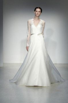 220.00$  Buy here - http://viovk.justgood.pw/vig/item.php?t=bcal7q910943 - 2016 Elegant Long Sleeve Lace Wedding dress V-neck Bridal A-line Wedding dresses 220.00$