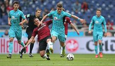 """FC Augsburg has signed striker Florian Niederlechner of Bundesliga competitor SC Freiburg. The signs a three-year contract with the Fuggerstädter until 2022 and receives the shirt number """"It feels really good to be in Augsburg for the new season. Sc Freiburg, Soccer Scores, Fc Bayern Munich, Number 7, 28 Years Old, Old Signs, Europa League, Training Center, Champions League"""