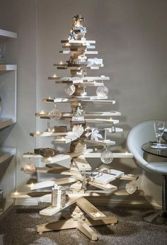 wooden pallet christmas tree how to make christmas tree from wooden pallets easy craft ideas