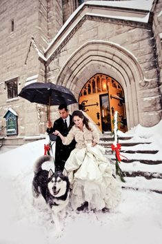 Or a trio: | 38 Couples Who Absolutely Nailed Their Winter Wedding THESE ARE ALL PRECIOUS
