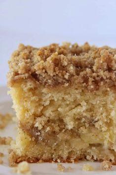 Apple Crumb Cakes, Moist Apple Cake, Apple Coffee Cakes, Easy Apple Cake, Banana Crumb Cake, Apple Crumb Pie, Apple Dessert Recipes, Fall Dessert Recipes, Easy Apple Desserts