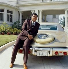 That old school is a classic.  #MuhammedAli #MustBeNice