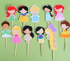 Princess Party Assorted Snack Boxes Set of 12 by PaperPartyParade and cup cake toppers.