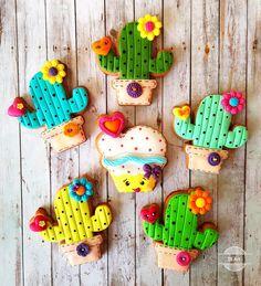 Funny love cacti!❤
