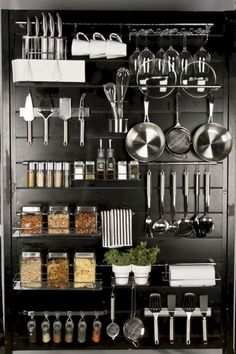 24 Smart Kitchen Organization Ideas On A Budget Smart Kitchen, Kitchen Pantry, New Kitchen, Kitchen Dining, Kitchen Decor, Kitchen Stuff, Dirty Kitchen Ideas, Kitchen Pegboard, Bakery Kitchen
