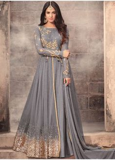 Looking for latest designer anarkali suits online? Peachmode brings to you a wide range of anarkali suits designs at best price. Get latest designer Anarkali Suits for women at Peachmode. Costumes Anarkali, Anarkali Gown, Anarkali Suits, Lehenga Choli, Long Anarkali, Eid Dresses, Pakistani Dresses, Dresses Online, Tunics Online