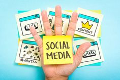 Into business on your own? Social media can be a great tool for marketing yourself, but hard to get right. Here are some social media tips for solopreneurs. Social Marketing, Inbound Marketing, Marketing Online, Internet Marketing, Digital Marketing, Marketing Tools, Business Marketing, Content Marketing, Marketing Budget